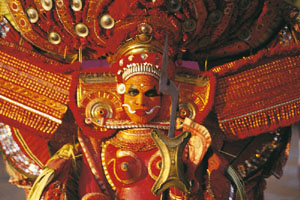 www.ayurveda-india.it: theyyam - arte rituale